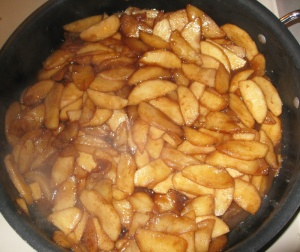 Cooked fried apples